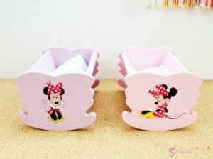 Cradle with Minnie mouse