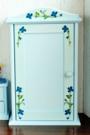 Wardrobe in flowers