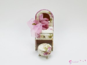 "Jewellery Box ""Pink doll's dressing table"""
