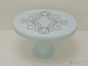 Colorful oval tables