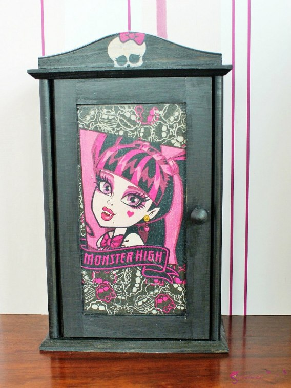 "Szafa ""Monster High"""