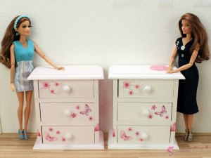 High chest of drawers - butterflies